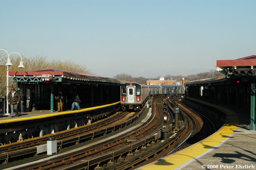(183k, 864x574)<br><b>Country:</b> United States<br><b>City:</b> New York<br><b>System:</b> New York City Transit<br><b>Line:</b> IRT White Plains Road Line<br><b>Location:</b> West Farms Sq./East Tremont Ave./177th St. <br><b>Car:</b> R-142 (Primary Order, Bombardier, 1999-2002)  6315 <br><b>Photo by:</b> Peter Ehrlich<br><b>Date:</b> 1/24/2006<br><b>Viewed (this week/total):</b> 1 / 2321