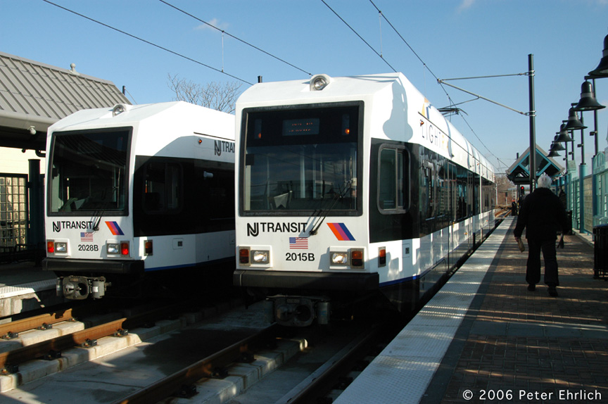 (180k, 864x574)<br><b>Country:</b> United States<br><b>City:</b> Bayonne, NJ<br><b>System:</b> Hudson Bergen Light Rail<br><b>Location:</b> East 22nd Street <br><b>Car:</b> NJT-HBLR LRV (Kinki-Sharyo, 1998-99)  2028/2015 <br><b>Photo by:</b> Peter Ehrlich<br><b>Date:</b> 1/25/2006<br><b>Viewed (this week/total):</b> 1 / 2010