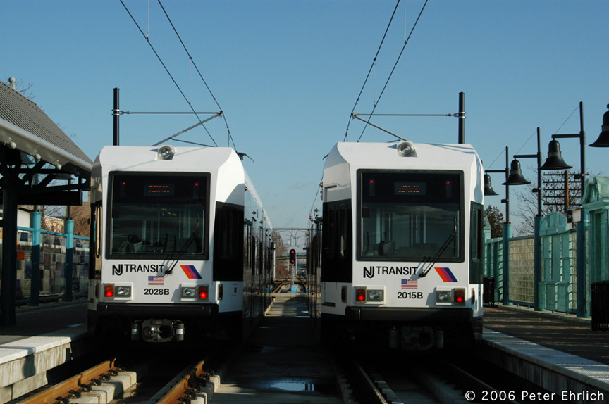 (168k, 864x574)<br><b>Country:</b> United States<br><b>City:</b> Bayonne, NJ<br><b>System:</b> Hudson Bergen Light Rail<br><b>Location:</b> East 22nd Street <br><b>Car:</b> NJT-HBLR LRV (Kinki-Sharyo, 1998-99)  2028/2015 <br><b>Photo by:</b> Peter Ehrlich<br><b>Date:</b> 1/25/2006<br><b>Viewed (this week/total):</b> 3 / 1985