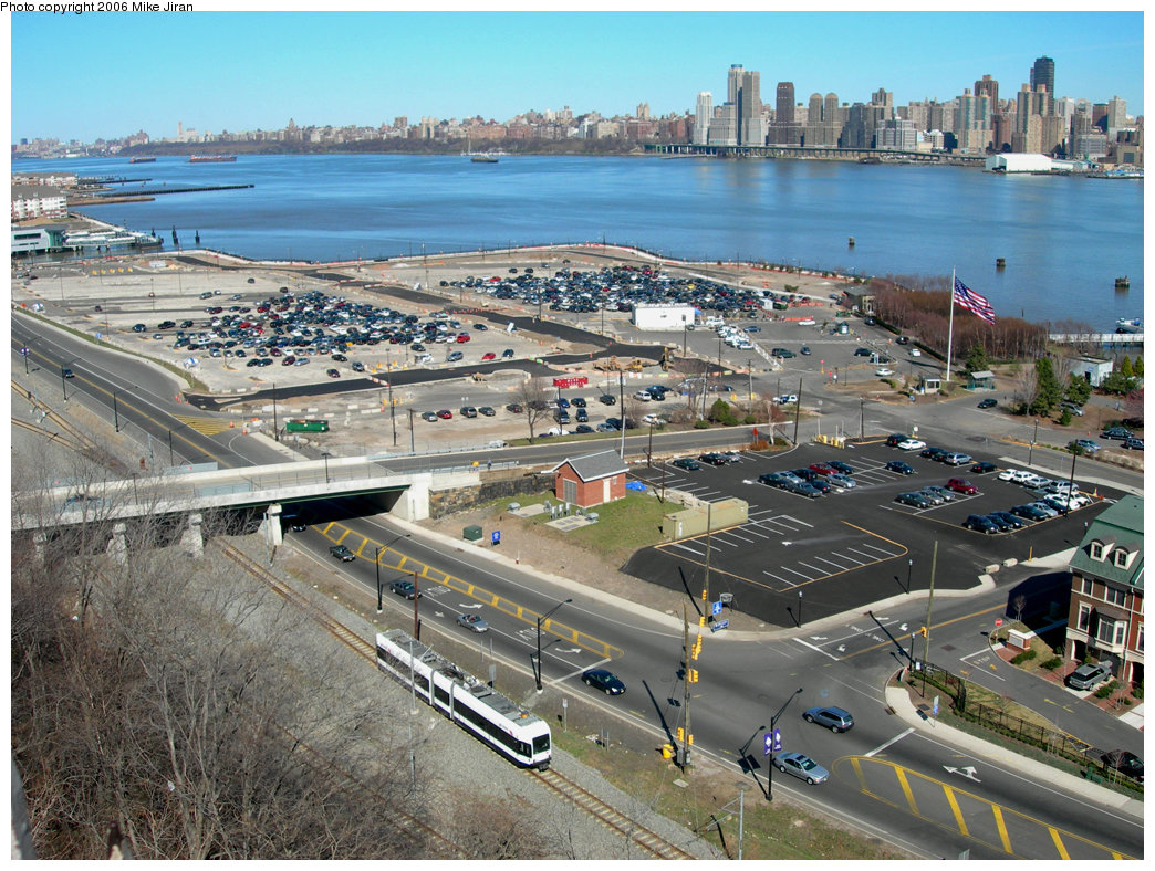 (305k, 1044x788)<br><b>Country:</b> United States<br><b>City:</b> Weehawken, NJ<br><b>System:</b> Hudson Bergen Light Rail<br><b>Location:</b> Port Imperial <br><b>Car:</b> NJT-HBLR LRV (Kinki-Sharyo, 1998-99)  2047 <br><b>Photo by:</b> Mike Jiran<br><b>Date:</b> 4/2/2006<br><b>Viewed (this week/total):</b> 0 / 2667