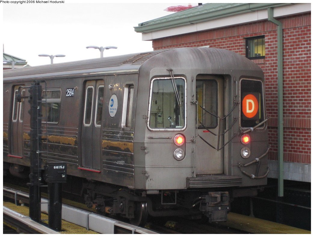 (156k, 1044x788)<br><b>Country:</b> United States<br><b>City:</b> New York<br><b>System:</b> New York City Transit<br><b>Location:</b> Coney Island/Stillwell Avenue<br><b>Route:</b> D<br><b>Car:</b> R-68 (Westinghouse-Amrail, 1986-1988)  2584 <br><b>Photo by:</b> Michael Hodurski<br><b>Date:</b> 4/13/2006<br><b>Viewed (this week/total):</b> 0 / 2745