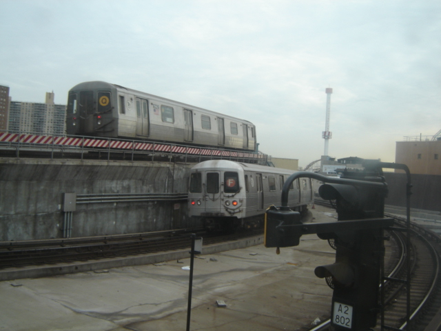 (140k, 640x480)<br><b>Country:</b> United States<br><b>City:</b> New York<br><b>System:</b> New York City Transit<br><b>Location:</b> Coney Island/Stillwell Avenue<br><b>Route:</b> Q<br><b>Car:</b> R-68A (Kawasaki, 1988-1989)   <br><b>Photo by:</b> DeAndre Burrell<br><b>Date:</b> 1/17/2006<br><b>Viewed (this week/total):</b> 3 / 2904