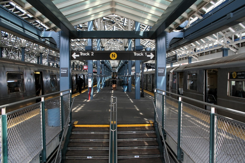 (254k, 1024x682)<br><b>Country:</b> United States<br><b>City:</b> New York<br><b>System:</b> New York City Transit<br><b>Location:</b> Coney Island/Stillwell Avenue<br><b>Photo by:</b> Todd Glickman<br><b>Date:</b> 4/16/2006<br><b>Viewed (this week/total):</b> 0 / 1987