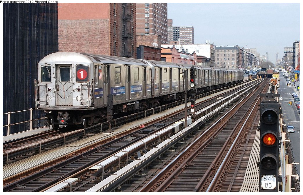 (261k, 1044x673)<br><b>Country:</b> United States<br><b>City:</b> New York<br><b>System:</b> New York City Transit<br><b>Line:</b> IRT West Side Line<br><b>Location:</b> 125th Street <br><b>Route:</b> 1<br><b>Car:</b> R-62A (Bombardier, 1984-1987)   <br><b>Photo by:</b> Richard Chase<br><b>Date:</b> 3/25/2010<br><b>Viewed (this week/total):</b> 1 / 620