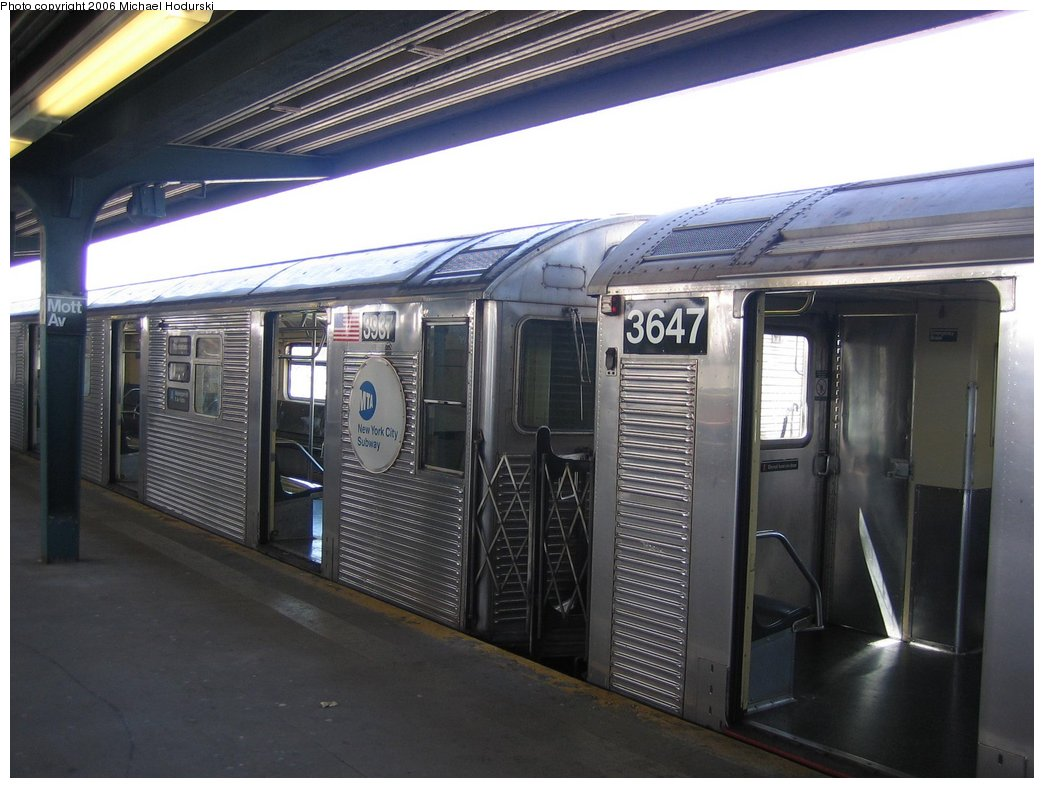 (150k, 1044x788)<br><b>Country:</b> United States<br><b>City:</b> New York<br><b>System:</b> New York City Transit<br><b>Line:</b> IND Rockaway<br><b>Location:</b> Mott Avenue/Far Rockaway <br><b>Route:</b> A<br><b>Car:</b> R-32 (GE Rebuild) 3937 <br><b>Photo by:</b> Michael Hodurski<br><b>Date:</b> 4/20/2006<br><b>Viewed (this week/total):</b> 2 / 2302