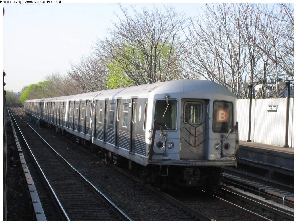 (197k, 1044x788)<br><b>Country:</b> United States<br><b>City:</b> New York<br><b>System:</b> New York City Transit<br><b>Line:</b> BMT Brighton Line<br><b>Location:</b> Neck Road <br><b>Route:</b> B<br><b>Car:</b> R-42 (St. Louis, 1969-1970)  4929 <br><b>Photo by:</b> Michael Hodurski<br><b>Date:</b> 4/20/2006<br><b>Viewed (this week/total):</b> 5 / 2653