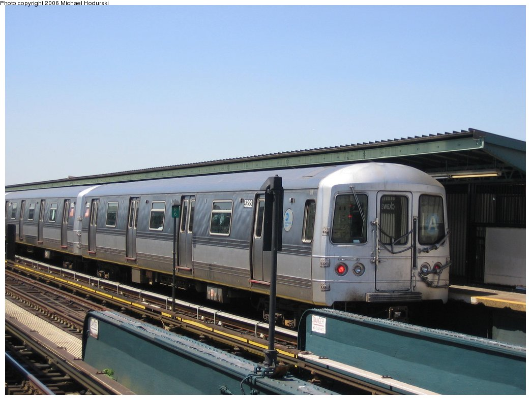 (139k, 1044x788)<br><b>Country:</b> United States<br><b>City:</b> New York<br><b>System:</b> New York City Transit<br><b>Line:</b> IND Fulton Street Line<br><b>Location:</b> Rockaway Boulevard <br><b>Route:</b> A<br><b>Car:</b> R-44 (St. Louis, 1971-73) 5322 <br><b>Photo by:</b> Michael Hodurski<br><b>Date:</b> 4/20/2006<br><b>Viewed (this week/total):</b> 2 / 1847