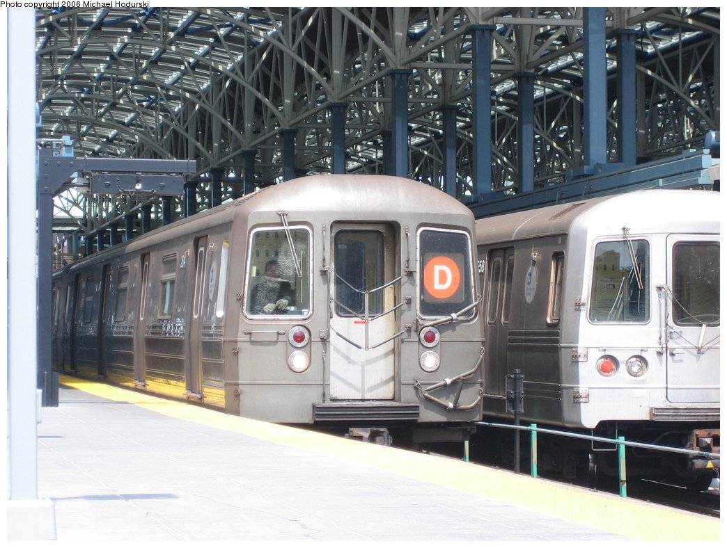 (184k, 1044x788)<br><b>Country:</b> United States<br><b>City:</b> New York<br><b>System:</b> New York City Transit<br><b>Location:</b> Coney Island/Stillwell Avenue<br><b>Route:</b> D<br><b>Car:</b> R-68 (Westinghouse-Amrail, 1986-1988)  2614 <br><b>Photo by:</b> Michael Hodurski<br><b>Date:</b> 4/21/2006<br><b>Viewed (this week/total):</b> 0 / 2230