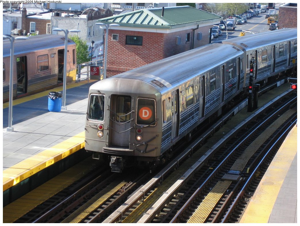 (224k, 1044x788)<br><b>Country:</b> United States<br><b>City:</b> New York<br><b>System:</b> New York City Transit<br><b>Location:</b> Coney Island/Stillwell Avenue<br><b>Route:</b> D<br><b>Car:</b> R-68 (Westinghouse-Amrail, 1986-1988)  2628 <br><b>Photo by:</b> Michael Hodurski<br><b>Date:</b> 4/28/2006<br><b>Viewed (this week/total):</b> 0 / 2683