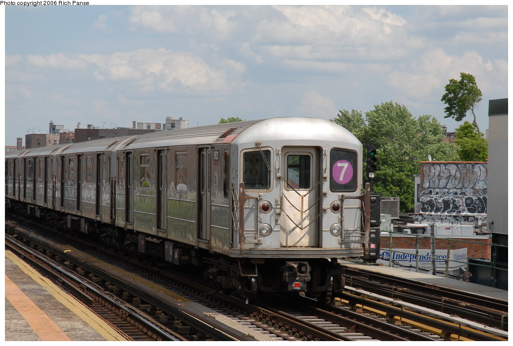 (196k, 1044x705)<br><b>Country:</b> United States<br><b>City:</b> New York<br><b>System:</b> New York City Transit<br><b>Line:</b> IRT Flushing Line<br><b>Location:</b> 82nd Street/Jackson Heights <br><b>Route:</b> 7<br><b>Car:</b> R-62A (Bombardier, 1984-1987)  1821 <br><b>Photo by:</b> Richard Panse<br><b>Date:</b> 5/20/2006<br><b>Viewed (this week/total):</b> 1 / 1645