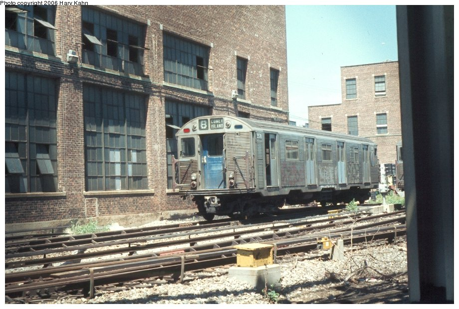 (157k, 920x620)<br><b>Country:</b> United States<br><b>City:</b> New York<br><b>System:</b> New York City Transit<br><b>Location:</b> Coney Island Yard<br><b>Car:</b> R-32 (Budd, 1964)  3578 <br><b>Photo by:</b> Harv Kahn<br><b>Date:</b> 7/26/1976<br><b>Viewed (this week/total):</b> 0 / 3392
