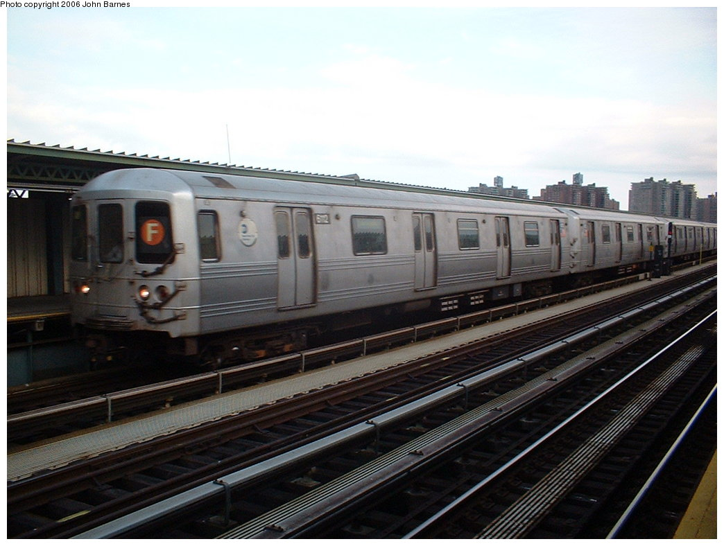 (162k, 1044x788)<br><b>Country:</b> United States<br><b>City:</b> New York<br><b>System:</b> New York City Transit<br><b>Line:</b> BMT Culver Line<br><b>Location:</b> Avenue X <br><b>Route:</b> F<br><b>Car:</b> R-46 (Pullman-Standard, 1974-75) 6112 <br><b>Photo by:</b> John Barnes<br><b>Date:</b> 6/6/2006<br><b>Viewed (this week/total):</b> 0 / 1479