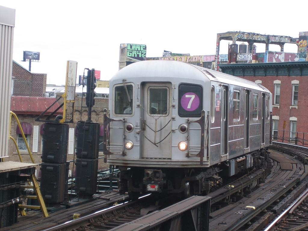 (127k, 1024x768)<br><b>Country:</b> United States<br><b>City:</b> New York<br><b>System:</b> New York City Transit<br><b>Line:</b> IRT Flushing Line<br><b>Location:</b> Court House Square/45th Road <br><b>Route:</b> 7<br><b>Car:</b> R-62A (Bombardier, 1984-1987)  2072 <br><b>Photo by:</b> Michael Hodurski<br><b>Date:</b> 6/4/2006<br><b>Viewed (this week/total):</b> 0 / 1911