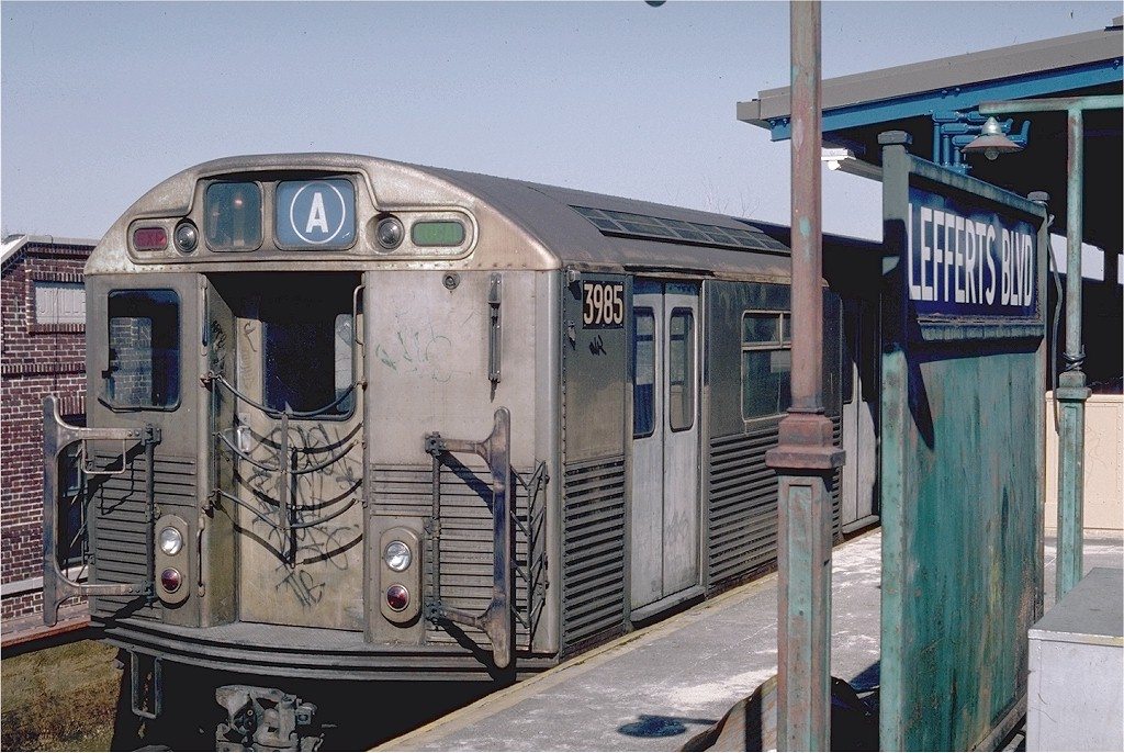 (219k, 1024x686)<br><b>Country:</b> United States<br><b>City:</b> New York<br><b>System:</b> New York City Transit<br><b>Line:</b> IND Fulton Street Line<br><b>Location:</b> Lefferts Boulevard <br><b>Route:</b> A<br><b>Car:</b> R-38 (St. Louis, 1966-1967)  3985 <br><b>Photo by:</b> Steve Zabel<br><b>Collection of:</b> Joe Testagrose<br><b>Date:</b> 4/10/1982<br><b>Viewed (this week/total):</b> 2 / 5011