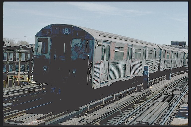 (122k, 768x512)<br><b>Country:</b> United States<br><b>City:</b> New York<br><b>System:</b> New York City Transit<br><b>Line:</b> BMT West End Line<br><b>Location:</b> 25th Avenue <br><b>Route:</b> B<br><b>Car:</b> R-38 (St. Louis, 1966-1967)  3999 <br><b>Photo by:</b> Joe Testagrose<br><b>Date:</b> 4/16/1977<br><b>Viewed (this week/total):</b> 4 / 3681