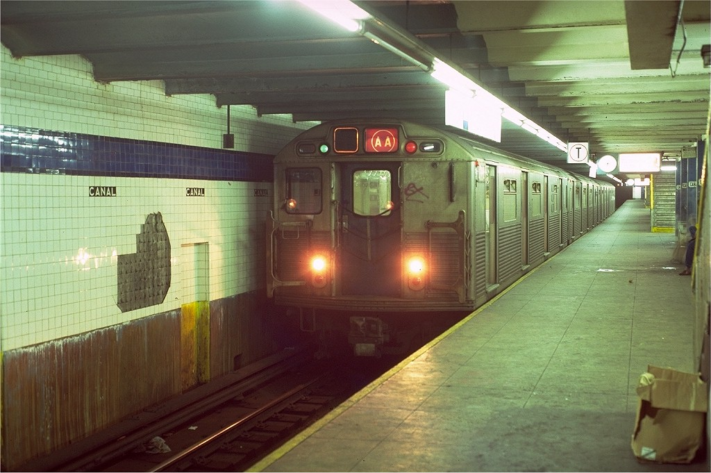 (191k, 1024x681)<br><b>Country:</b> United States<br><b>City:</b> New York<br><b>System:</b> New York City Transit<br><b>Line:</b> IND 8th Avenue Line<br><b>Location:</b> Canal Street-Holland Tunnel <br><b>Route:</b> AA<br><b>Car:</b> R-38 (St. Louis, 1966-1967)  4004 <br><b>Photo by:</b> Doug Grotjahn<br><b>Collection of:</b> Joe Testagrose<br><b>Date:</b> 10/18/1980<br><b>Viewed (this week/total):</b> 4 / 5645