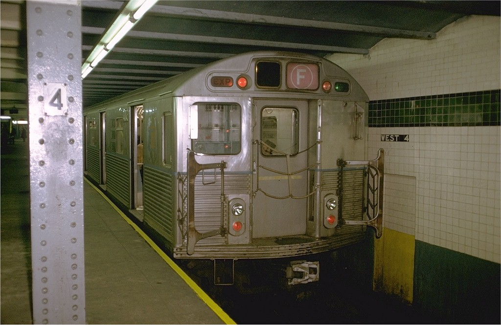 (179k, 1024x665)<br><b>Country:</b> United States<br><b>City:</b> New York<br><b>System:</b> New York City Transit<br><b>Line:</b> IND 6th Avenue Line<br><b>Location:</b> West 4th Street/Washington Square <br><b>Route:</b> F<br><b>Car:</b> R-38 (St. Louis, 1966-1967)  4043 <br><b>Photo by:</b> Doug Grotjahn<br><b>Collection of:</b> Joe Testagrose<br><b>Date:</b> 12/8/1972<br><b>Viewed (this week/total):</b> 7 / 3740
