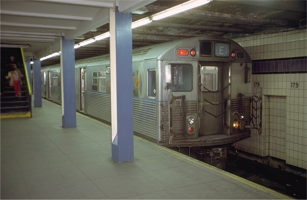 (159k, 1024x668)<br><b>Country:</b> United States<br><b>City:</b> New York<br><b>System:</b> New York City Transit<br><b>Line:</b> IND Queens Boulevard Line<br><b>Location:</b> 179th Street <br><b>Car:</b> R-38 (St. Louis, 1966-1967)  407x <br><b>Photo by:</b> Doug Grotjahn<br><b>Collection of:</b> Joe Testagrose<br><b>Date:</b> 12/4/1971<br><b>Viewed (this week/total):</b> 3 / 4325