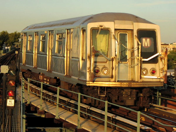 (89k, 600x450)<br><b>Country:</b> United States<br><b>City:</b> New York<br><b>System:</b> New York City Transit<br><b>Line:</b> BMT Myrtle Avenue Line<br><b>Location:</b> Forest Avenue <br><b>Route:</b> M<br><b>Car:</b> R-40 (St. Louis, 1968)  4255 (ex-4355)<br><b>Photo by:</b> Trevor Logan<br><b>Date:</b> 9/17/2001<br><b>Viewed (this week/total):</b> 4 / 10098