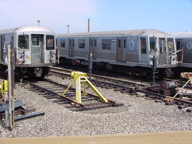 (60k, 640x480)<br><b>Country:</b> United States<br><b>City:</b> New York<br><b>System:</b> New York City Transit<br><b>Location:</b> Coney Island Yard<br><b>Car:</b> R-40 (St. Louis, 1968)  4368 <br><b>Photo by:</b> Salaam Allah<br><b>Date:</b> 10/29/2000<br><b>Viewed (this week/total):</b> 0 / 3365