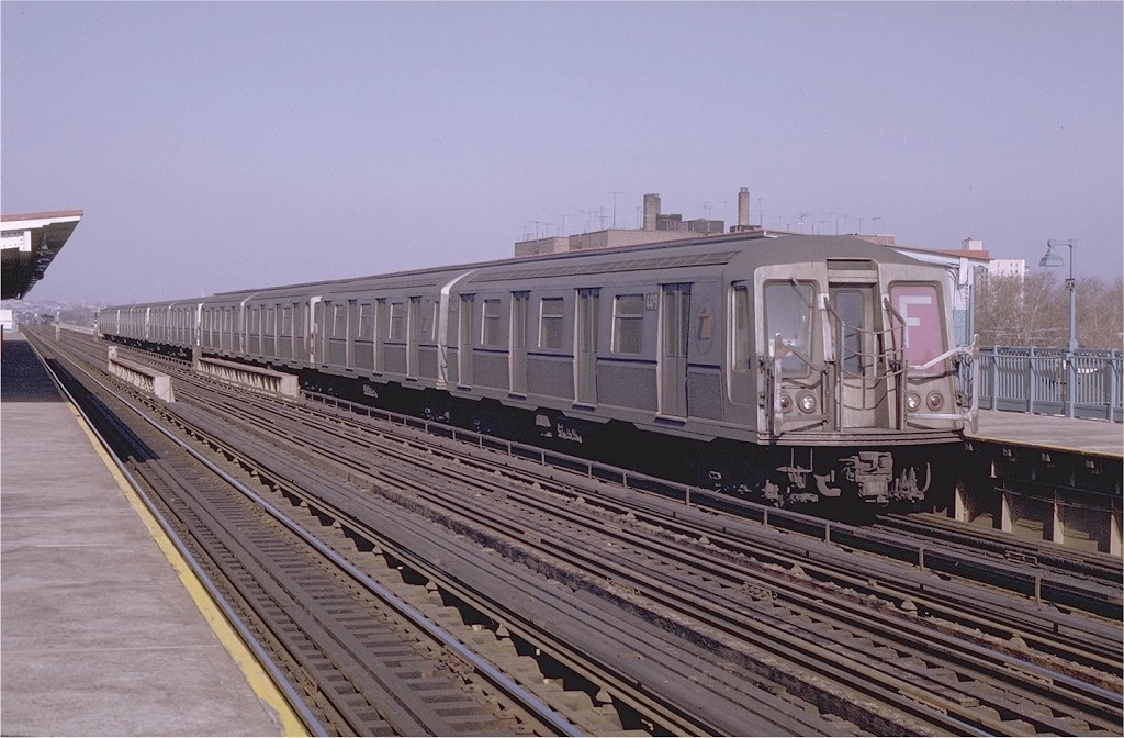 (191k, 1024x672)<br><b>Country:</b> United States<br><b>City:</b> New York<br><b>System:</b> New York City Transit<br><b>Line:</b> BMT Culver Line<br><b>Location:</b> Avenue P <br><b>Route:</b> F<br><b>Car:</b> R-40 (St. Louis, 1968)  4419 (ex-4519)<br><b>Photo by:</b> Joe Testagrose<br><b>Date:</b> 1/31/1970<br><b>Viewed (this week/total):</b> 0 / 3038
