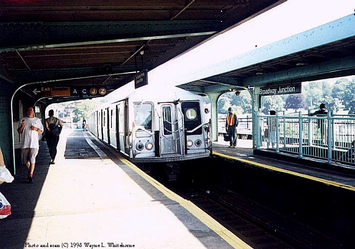 (81k, 694x487)<br><b>Country:</b> United States<br><b>City:</b> New York<br><b>System:</b> New York City Transit<br><b>Line:</b> BMT Canarsie Line<br><b>Location:</b> Broadway Junction <br><b>Route:</b> L<br><b>Car:</b> R-40 (St. Louis, 1968)  4419 (ex-4519)<br><b>Photo by:</b> Wayne Whitehorne<br><b>Date:</b> 1998<br><b>Viewed (this week/total):</b> 0 / 4012