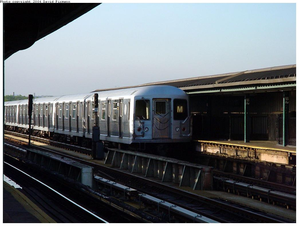 (108k, 1044x788)<br><b>Country:</b> United States<br><b>City:</b> New York<br><b>System:</b> New York City Transit<br><b>Line:</b> BMT West End Line<br><b>Location:</b> 18th Avenue <br><b>Route:</b> M<br><b>Car:</b> R-42 (St. Louis, 1969-1970)   <br><b>Photo by:</b> David Pirmann<br><b>Date:</b> 5/31/2000<br><b>Viewed (this week/total):</b> 2 / 2916