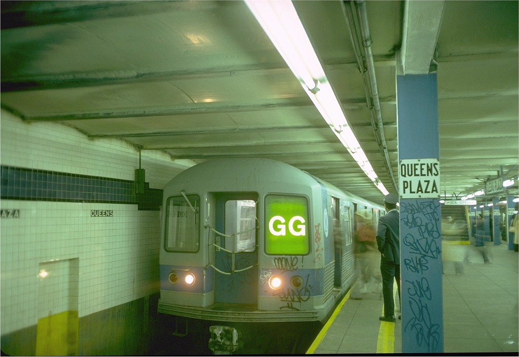 (158k, 1024x706)<br><b>Country:</b> United States<br><b>City:</b> New York<br><b>System:</b> New York City Transit<br><b>Line:</b> IND Queens Boulevard Line<br><b>Location:</b> Queens Plaza <br><b>Route:</b> GG<br><b>Car:</b> R-42 (St. Louis, 1969-1970)  4574 <br><b>Photo by:</b> Doug Grotjahn<br><b>Collection of:</b> Joe Testagrose<br><b>Date:</b> 10/20/1976<br><b>Viewed (this week/total):</b> 0 / 3601