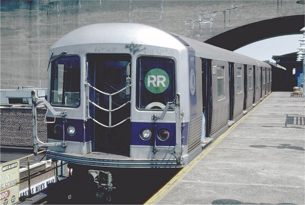 (218k, 1024x688)<br><b>Country:</b> United States<br><b>City:</b> New York<br><b>System:</b> New York City Transit<br><b>Line:</b> BMT Astoria Line<br><b>Location:</b> Ditmars Boulevard <br><b>Route:</b> RR<br><b>Car:</b> R-42 (St. Louis, 1969-1970)  4577 <br><b>Photo by:</b> Steve Zabel<br><b>Collection of:</b> Joe Testagrose<br><b>Date:</b> 7/27/1981<br><b>Viewed (this week/total):</b> 2 / 4817