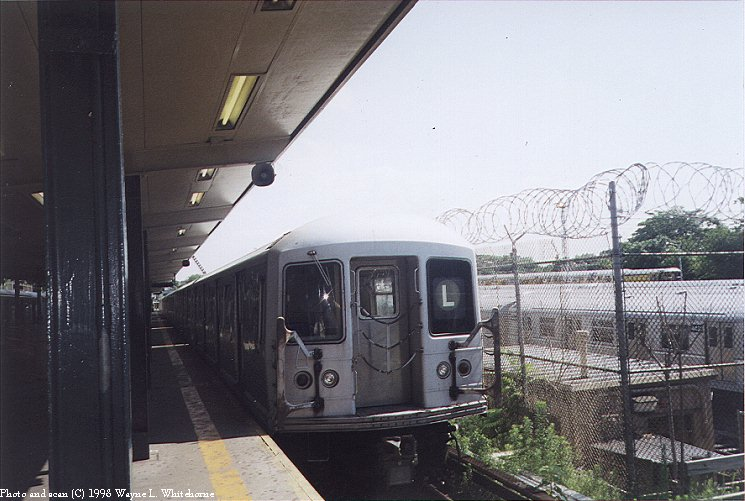 (86k, 745x501)<br><b>Country:</b> United States<br><b>City:</b> New York<br><b>System:</b> New York City Transit<br><b>Line:</b> BMT Canarsie Line<br><b>Location:</b> Rockaway Parkway <br><b>Route:</b> L<br><b>Car:</b> R-42 (St. Louis, 1969-1970)  4599 <br><b>Photo by:</b> Wayne Whitehorne<br><b>Date:</b> 1998<br><b>Viewed (this week/total):</b> 0 / 3719