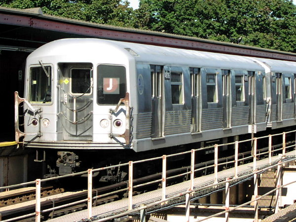 (109k, 600x450)<br><b>Country:</b> United States<br><b>City:</b> New York<br><b>System:</b> New York City Transit<br><b>Line:</b> BMT Nassau Street/Jamaica Line<br><b>Location:</b> Cypress Hills <br><b>Route:</b> J<br><b>Car:</b> R-42 (St. Louis, 1969-1970)  4616 <br><b>Photo by:</b> Trevor Logan<br><b>Date:</b> 10/17/2001<br><b>Viewed (this week/total):</b> 0 / 3756
