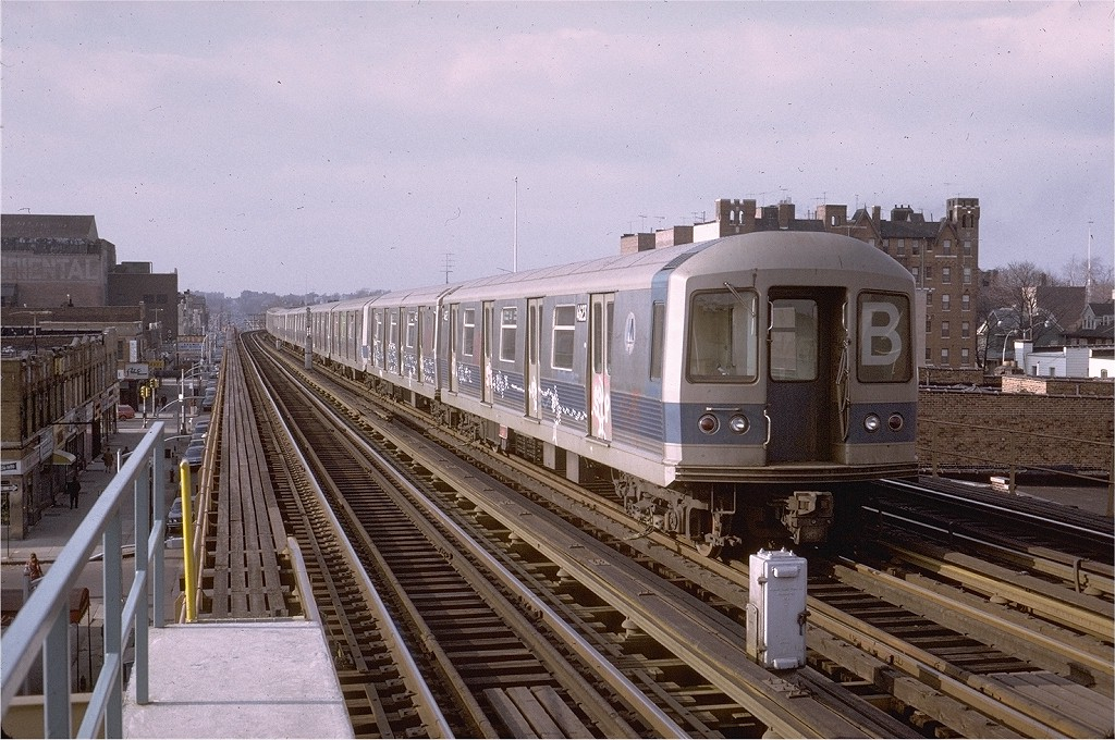 (232k, 1024x680)<br><b>Country:</b> United States<br><b>City:</b> New York<br><b>System:</b> New York City Transit<br><b>Line:</b> BMT West End Line<br><b>Location:</b> 20th Avenue <br><b>Route:</b> B<br><b>Car:</b> R-42 (St. Louis, 1969-1970)  4623 <br><b>Photo by:</b> Steve Zabel<br><b>Collection of:</b> Joe Testagrose<br><b>Date:</b> 2/4/1973<br><b>Viewed (this week/total):</b> 0 / 4183