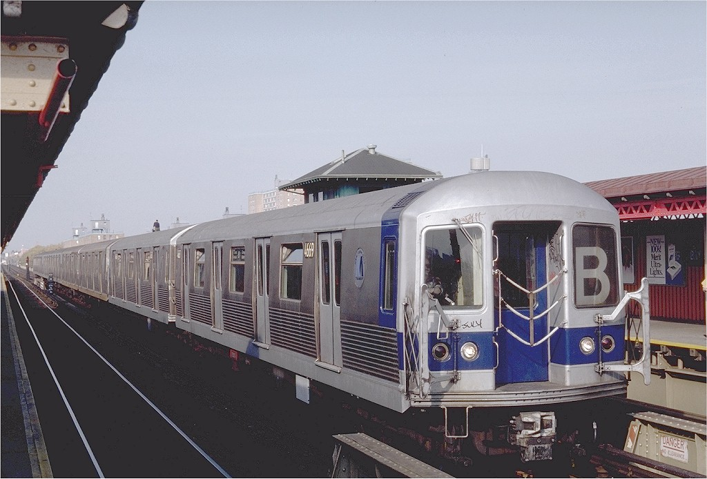 (182k, 1024x694)<br><b>Country:</b> United States<br><b>City:</b> New York<br><b>System:</b> New York City Transit<br><b>Line:</b> BMT West End Line<br><b>Location:</b> Bay 50th Street <br><b>Route:</b> B<br><b>Car:</b> R-42 (St. Louis, 1969-1970)  4669 <br><b>Photo by:</b> Steve Zabel<br><b>Collection of:</b> Joe Testagrose<br><b>Date:</b> 11/2/1981<br><b>Viewed (this week/total):</b> 2 / 2705