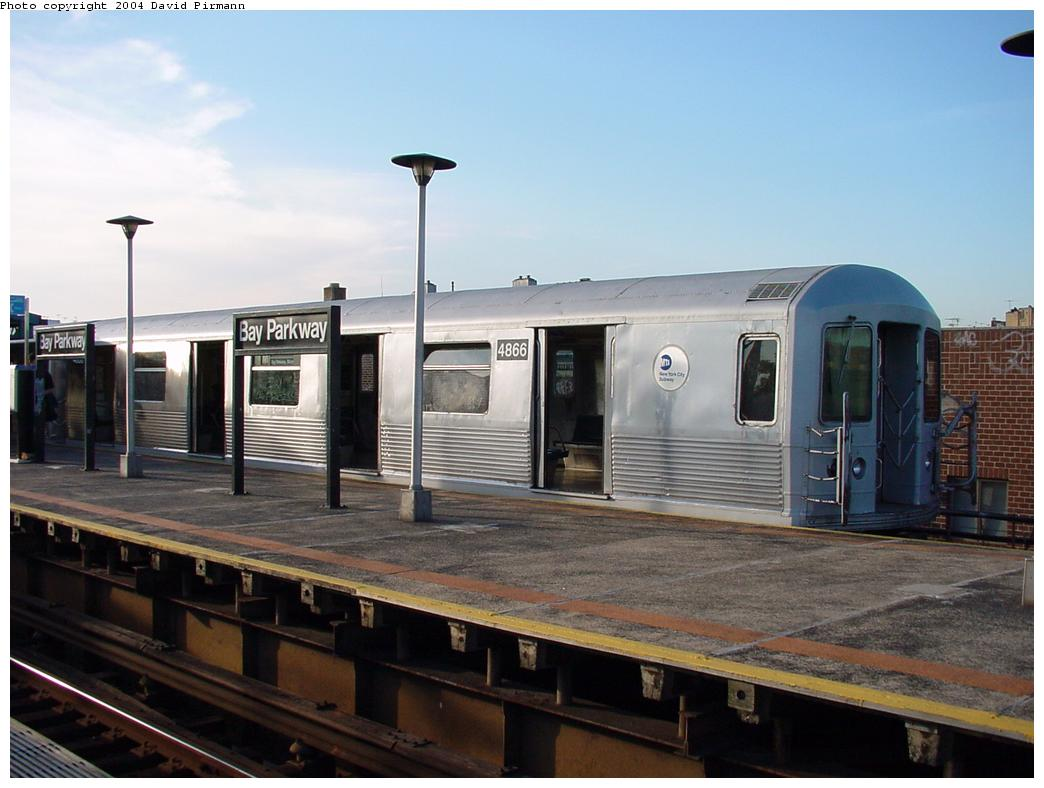 (101k, 1044x788)<br><b>Country:</b> United States<br><b>City:</b> New York<br><b>System:</b> New York City Transit<br><b>Line:</b> BMT West End Line<br><b>Location:</b> Bay Parkway <br><b>Route:</b> M<br><b>Car:</b> R-42 (St. Louis, 1969-1970)  4866 <br><b>Photo by:</b> David Pirmann<br><b>Date:</b> 5/31/2000<br><b>Viewed (this week/total):</b> 0 / 4470