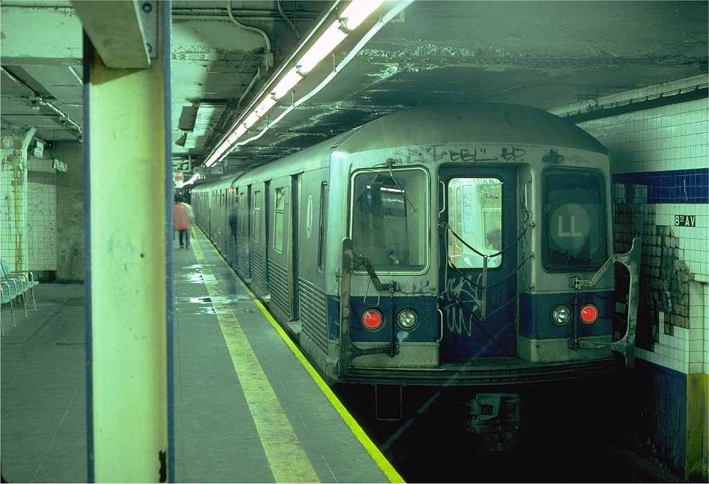 (217k, 1024x699)<br><b>Country:</b> United States<br><b>City:</b> New York<br><b>System:</b> New York City Transit<br><b>Line:</b> BMT Canarsie Line<br><b>Location:</b> 8th Avenue <br><b>Route:</b> L<br><b>Car:</b> R-42 (St. Louis, 1969-1970)  4926 <br><b>Photo by:</b> Steve Zabel<br><b>Collection of:</b> Joe Testagrose<br><b>Date:</b> 5/31/1982<br><b>Viewed (this week/total):</b> 0 / 3954