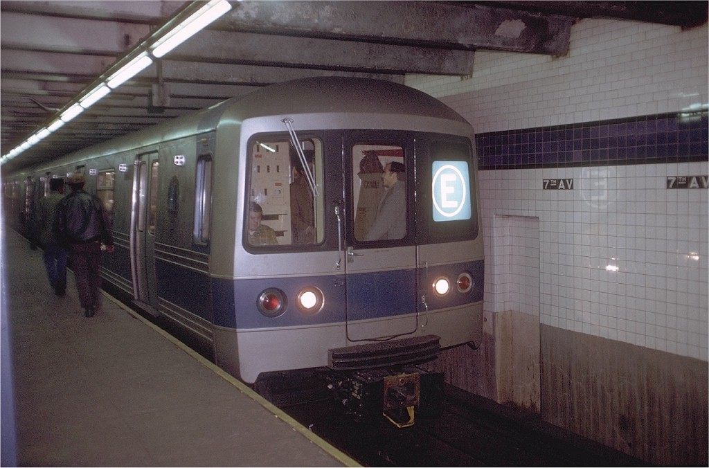 (169k, 1024x676)<br><b>Country:</b> United States<br><b>City:</b> New York<br><b>System:</b> New York City Transit<br><b>Line:</b> IND Queens Boulevard Line<br><b>Location:</b> 7th Avenue/53rd Street <br><b>Route:</b> E<br><b>Car:</b> R-44 (St. Louis, 1971-73) 112 <br><b>Photo by:</b> Doug Grotjahn<br><b>Collection of:</b> Joe Testagrose<br><b>Date:</b> 12/23/1971<br><b>Viewed (this week/total):</b> 2 / 4539