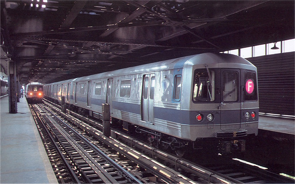 (234k, 1024x639)<br><b>Country:</b> United States<br><b>City:</b> New York<br><b>System:</b> New York City Transit<br><b>Line:</b> BMT Culver Line<br><b>Location:</b> West 8th Street <br><b>Route:</b> F<br><b>Car:</b> R-46 (Pullman-Standard, 1974-75) 1010 <br><b>Photo by:</b> Doug Grotjahn<br><b>Collection of:</b> Joe Testagrose<br><b>Date:</b> 6/18/1977<br><b>Viewed (this week/total):</b> 5 / 6001