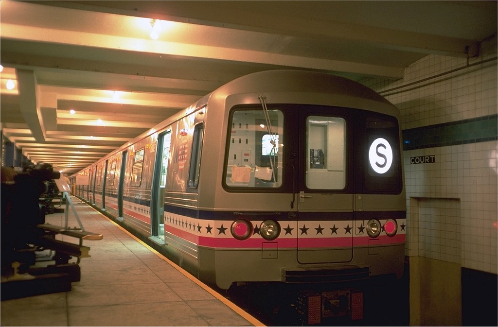 (147k, 1024x673)<br><b>Country:</b> United States<br><b>City:</b> New York<br><b>System:</b> New York City Transit<br><b>Location:</b> New York Transit Museum<br><b>Car:</b> R-46 (Pullman-Standard, 1974-75) 680 <br><b>Photo by:</b> Doug Grotjahn<br><b>Collection of:</b> Joe Testagrose<br><b>Date:</b> 7/5/1976<br><b>Viewed (this week/total):</b> 3 / 15520