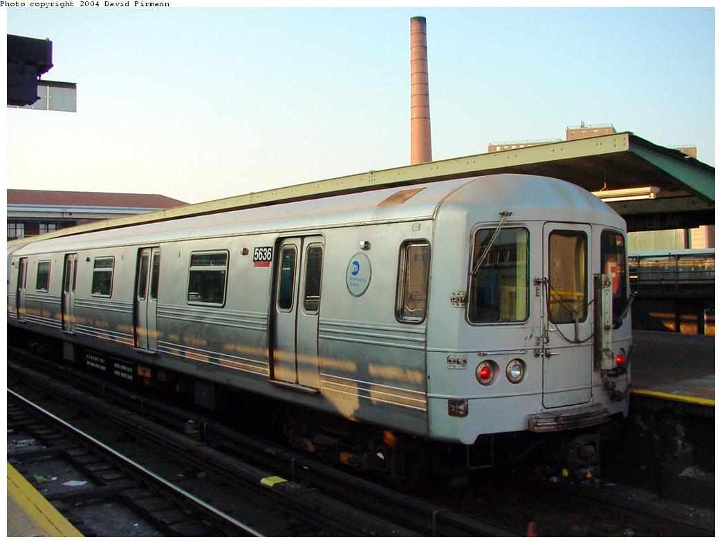 (108k, 1044x788)<br><b>Country:</b> United States<br><b>City:</b> New York<br><b>System:</b> New York City Transit<br><b>Location:</b> Coney Island/Stillwell Avenue<br><b>Route:</b> F<br><b>Car:</b> R-46 (Pullman-Standard, 1974-75) 5636 <br><b>Photo by:</b> David Pirmann<br><b>Date:</b> 5/17/2000<br><b>Viewed (this week/total):</b> 0 / 2944