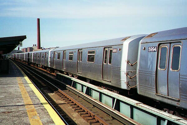 (114k, 600x400)<br><b>Country:</b> United States<br><b>City:</b> New York<br><b>System:</b> New York City Transit<br><b>Line:</b> BMT Culver Line<br><b>Location:</b> Avenue X <br><b>Route:</b> F<br><b>Car:</b> R-46 (Pullman-Standard, 1974-75) 5995 <br><b>Photo by:</b> Sidney Keyles<br><b>Date:</b> 5/22/1999<br><b>Viewed (this week/total):</b> 2 / 3333