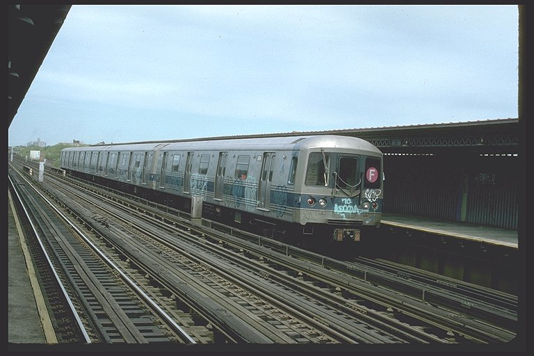 (88k, 768x512)<br><b>Country:</b> United States<br><b>City:</b> New York<br><b>System:</b> New York City Transit<br><b>Line:</b> BMT Culver Line<br><b>Location:</b> Avenue U <br><b>Route:</b> F<br><b>Car:</b> R-46 (Pullman-Standard, 1974-75) 730 <br><b>Photo by:</b> Ed McKernan<br><b>Collection of:</b> Joe Testagrose<br><b>Date:</b> 5/1977<br><b>Viewed (this week/total):</b> 6 / 4374