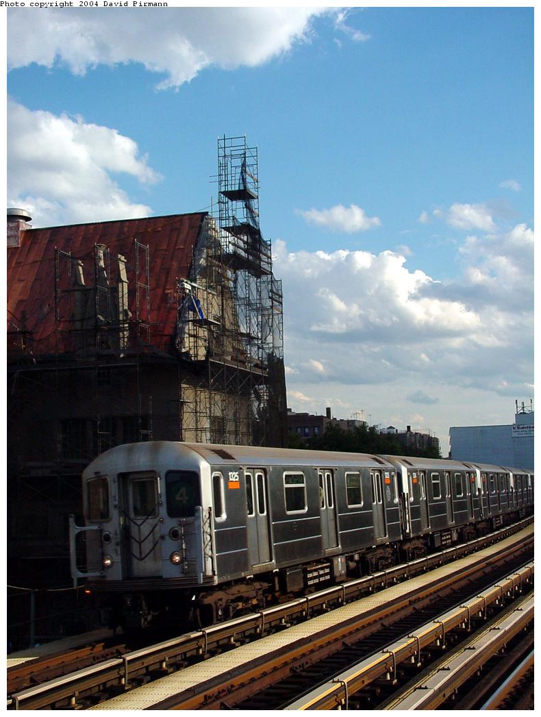 (128k, 790x1047)<br><b>Country:</b> United States<br><b>City:</b> New York<br><b>System:</b> New York City Transit<br><b>Line:</b> IRT Woodlawn Line<br><b>Location:</b> Fordham Road <br><b>Route:</b> 4<br><b>Car:</b> R-62 (Kawasaki, 1983-1985)  1325 <br><b>Photo by:</b> David Pirmann<br><b>Date:</b> 7/12/2001<br><b>Viewed (this week/total):</b> 0 / 3872