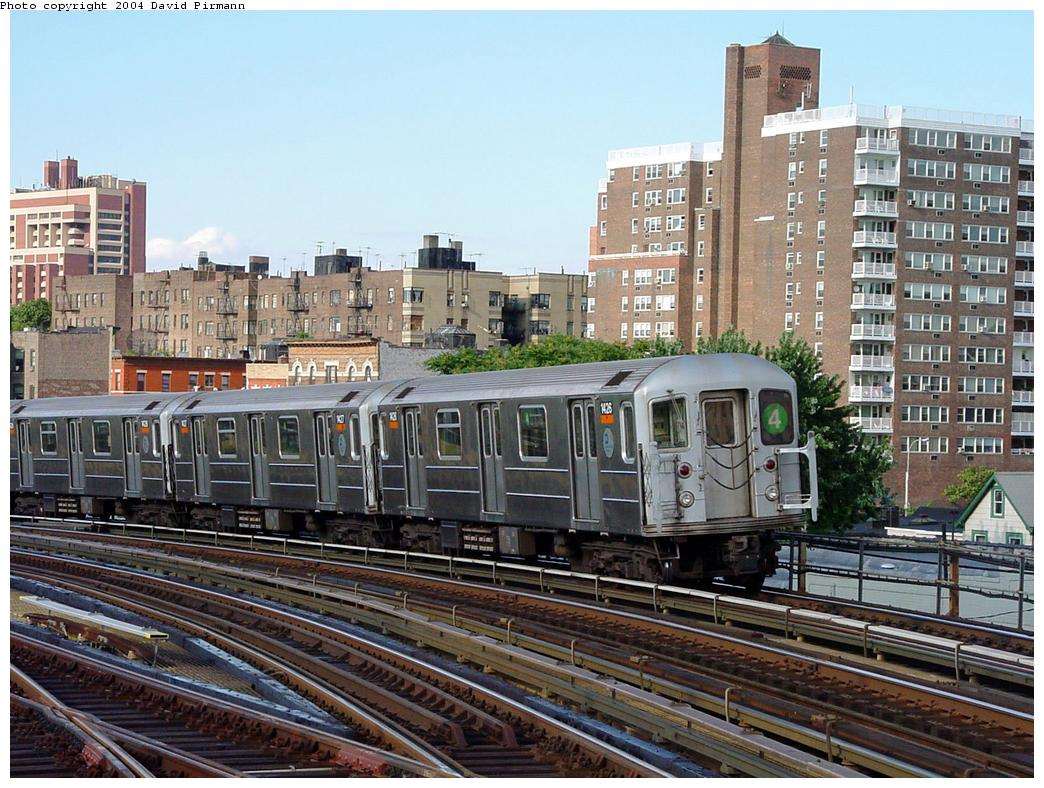 (172k, 1044x788)<br><b>Country:</b> United States<br><b>City:</b> New York<br><b>System:</b> New York City Transit<br><b>Line:</b> IRT Woodlawn Line<br><b>Location:</b> Bedford Park Boulevard <br><b>Route:</b> 4<br><b>Car:</b> R-62 (Kawasaki, 1983-1985)  1426 <br><b>Photo by:</b> David Pirmann<br><b>Date:</b> 7/12/2001<br><b>Viewed (this week/total):</b> 6 / 4125