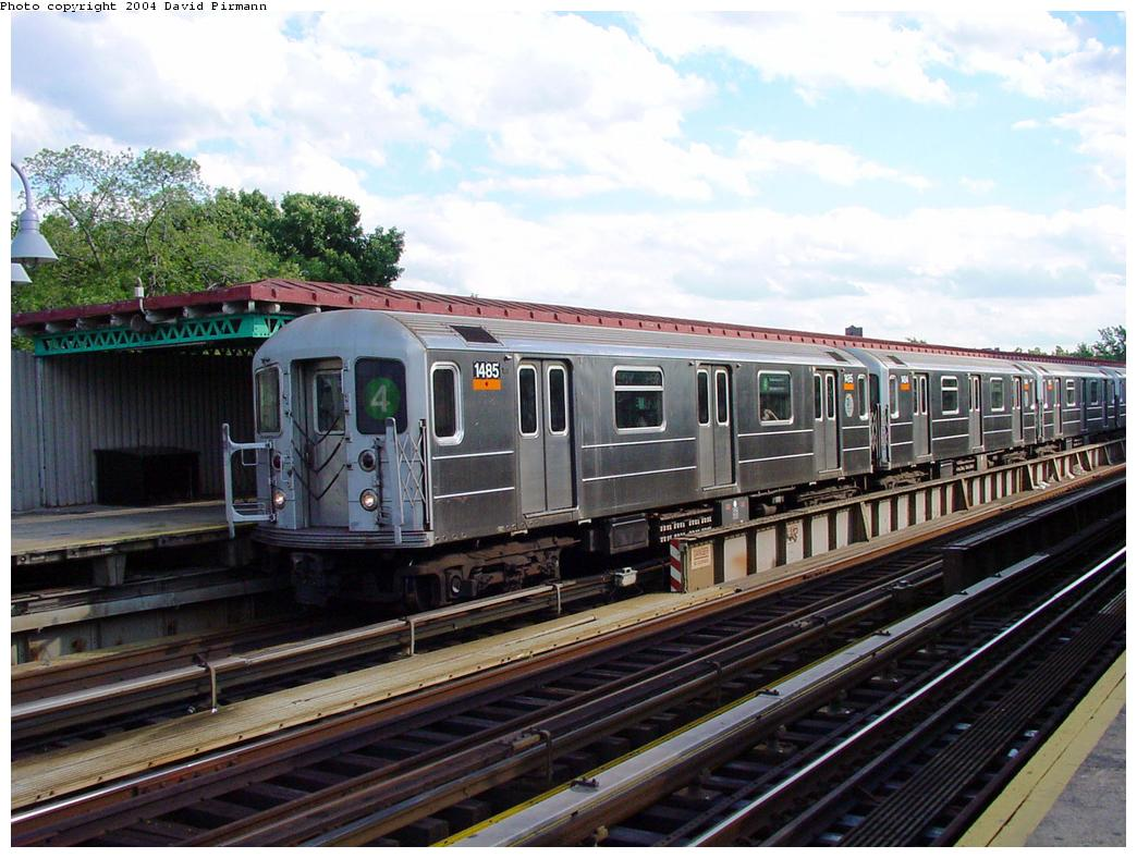 (138k, 1044x788)<br><b>Country:</b> United States<br><b>City:</b> New York<br><b>System:</b> New York City Transit<br><b>Line:</b> IRT Woodlawn Line<br><b>Location:</b> Mosholu Parkway <br><b>Route:</b> 4<br><b>Car:</b> R-62 (Kawasaki, 1983-1985)  1485 <br><b>Photo by:</b> David Pirmann<br><b>Date:</b> 7/12/2001<br><b>Viewed (this week/total):</b> 3 / 4378