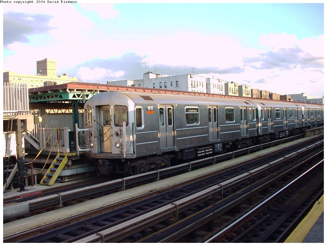 (131k, 1044x788)<br><b>Country:</b> United States<br><b>City:</b> New York<br><b>System:</b> New York City Transit<br><b>Line:</b> IRT Woodlawn Line<br><b>Location:</b> 167th Street <br><b>Route:</b> 4<br><b>Car:</b> R-62 (Kawasaki, 1983-1985)  1615 <br><b>Photo by:</b> David Pirmann<br><b>Date:</b> 7/12/2001<br><b>Viewed (this week/total):</b> 6 / 3886