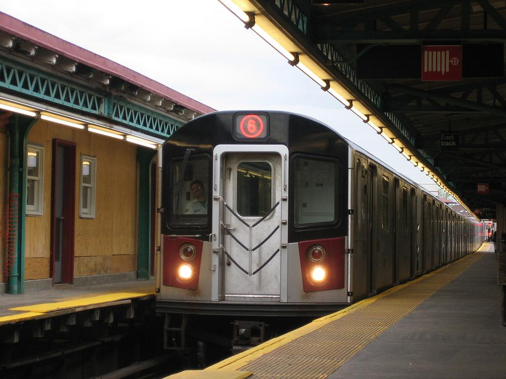 (111k, 1024x768)<br><b>Country:</b> United States<br><b>City:</b> New York<br><b>System:</b> New York City Transit<br><b>Line:</b> IRT Pelham Line<br><b>Location:</b> Pelham Bay Park <br><b>Route:</b> 6<br><b>Car:</b> R-142A (Primary Order, Kawasaki, 1999-2002)  7540 <br><b>Photo by:</b> Michael Hodurski<br><b>Date:</b> 5/21/2006<br><b>Viewed (this week/total):</b> 0 / 3685