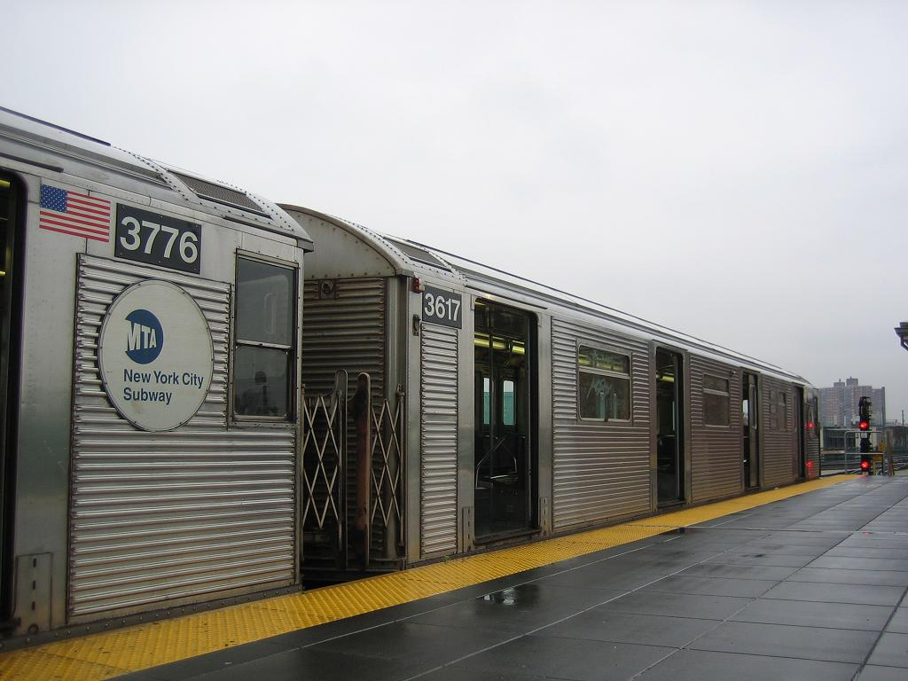 (103k, 1024x768)<br><b>Country:</b> United States<br><b>City:</b> New York<br><b>System:</b> New York City Transit<br><b>Location:</b> Coney Island/Stillwell Avenue<br><b>Route:</b> N<br><b>Car:</b> R-32 (Budd, 1964)  3617 <br><b>Photo by:</b> Michael Hodurski<br><b>Date:</b> 6/3/2006<br><b>Viewed (this week/total):</b> 3 / 1899