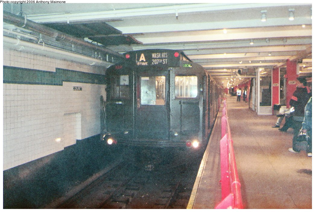 (187k, 1044x703)<br><b>Country:</b> United States<br><b>City:</b> New York<br><b>System:</b> New York City Transit<br><b>Location:</b> New York Transit Museum<br><b>Route:</b> Fan Trip<br><b>Car:</b> R-1 (American Car & Foundry, 1930-1931) 100 <br><b>Photo by:</b> Anthony Maimone<br><b>Date:</b> 6/11/2006<br><b>Notes:</b> APTA conference special heading to Coney Island.<br><b>Viewed (this week/total):</b> 0 / 3434
