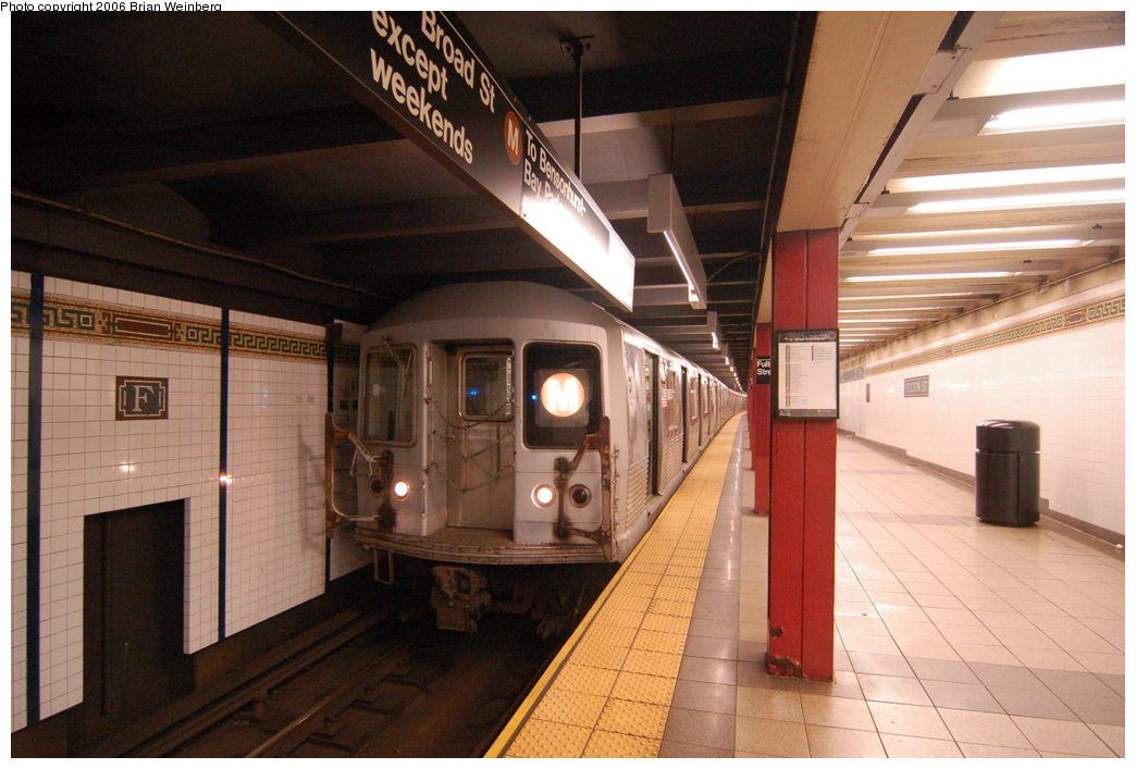 (198k, 1044x707)<br><b>Country:</b> United States<br><b>City:</b> New York<br><b>System:</b> New York City Transit<br><b>Line:</b> BMT Nassau Street/Jamaica Line<br><b>Location:</b> Fulton Street <br><b>Route:</b> M<br><b>Car:</b> R-42 (St. Louis, 1969-1970)  4884 <br><b>Photo by:</b> Brian Weinberg<br><b>Date:</b> 6/28/2006<br><b>Notes:</b> Front of the southbound platform, i.e. the upper level (looking north).<br><b>Viewed (this week/total):</b> 2 / 2730