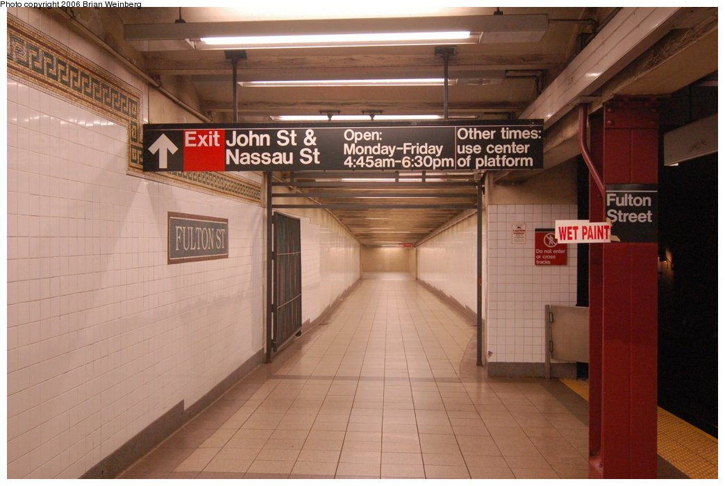 (188k, 1044x700)<br><b>Country:</b> United States<br><b>City:</b> New York<br><b>System:</b> New York City Transit<br><b>Line:</b> BMT Nassau Street/Jamaica Line<br><b>Location:</b> Fulton Street <br><b>Photo by:</b> Brian Weinberg<br><b>Date:</b> 6/28/2006<br><b>Notes:</b> Front of the southbound platform, i.e. the upper level (looking south) at the John St & Nassau St exit.<br><b>Viewed (this week/total):</b> 0 / 2476